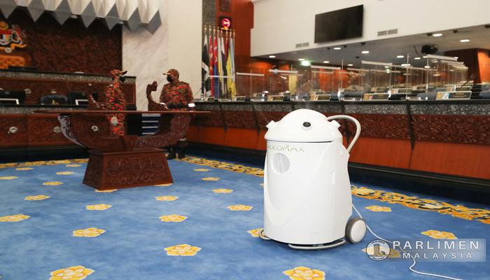 PROSES DISINFEKSI PARLIMEN MALAYSIA 25 JULAI 2021 (AHAD)